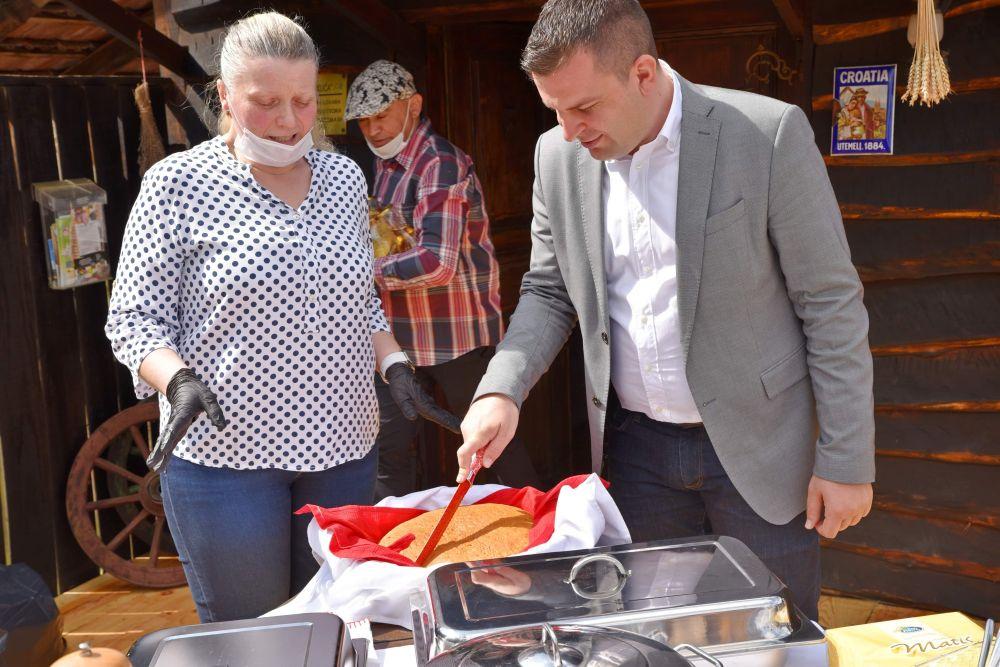 Kroz dva Javna poziva za razvoj turizma osigurano 80.000,00 kuna
